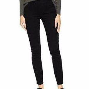 Levi Strauss & Co. Women's Pull-On Skinny Jeans
